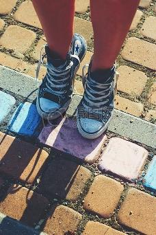 匡威运动鞋