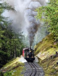 行驶中的蒸汽机车