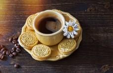 早餐咖啡与饼干图片