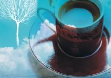 一杯咖啡云朵图片
