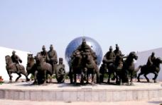 孔子周游列国雕塑图片