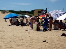 Women_at_the_Beach_8874(42).JPG