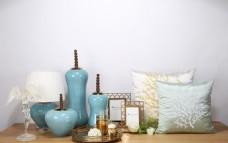 蓝色陶器花器