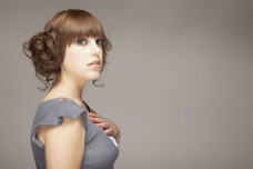 时尚可爱的外国年轻美女图片