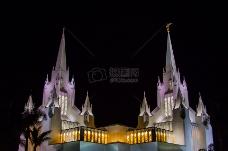 黑夜里的教堂