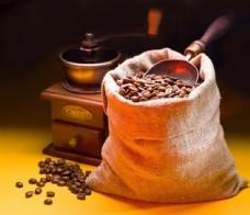 一袋子咖啡豆图片
