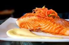 香煎三文鱼图片