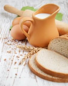 牛奶面包鸡蛋擀面杖图片