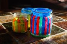 创意彩色玻璃罐图片