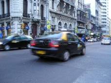 Traffic_and_Pedestrians__1_.JPG
