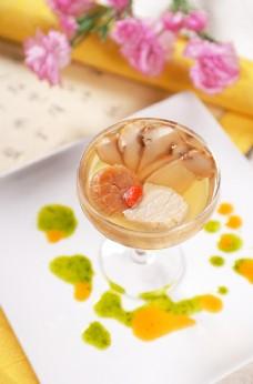 瑶柱松茸菌王汤图片