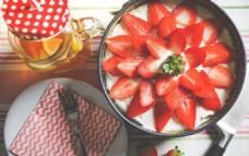 新鲜草莓摆盘