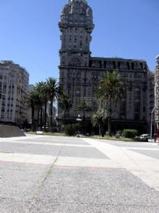 Independence_Square_and_Palacio_Salvo_2929(2).JPG