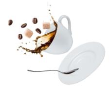 飞溅的咖啡杯图片
