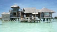 唯美海上度假屋风景图片